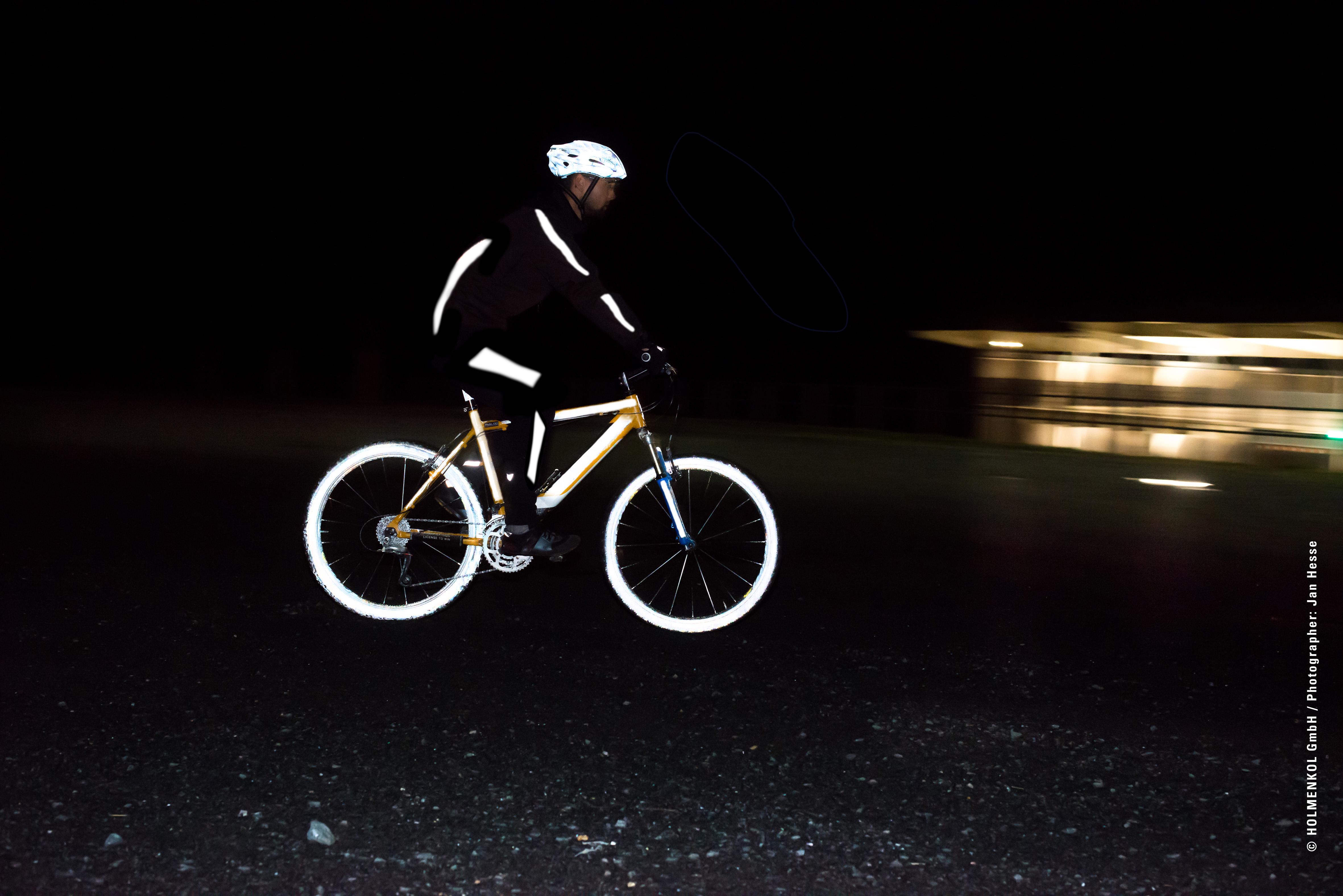 Reflektoren zum Aufsprühen (Foto: Holmenkol)