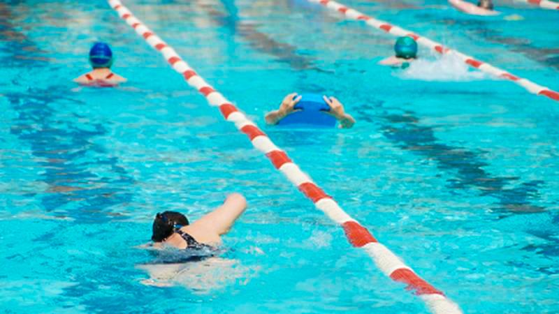 aufm-etikette-schwimmbahn
